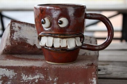 funny-coffee-mug-with-a-face